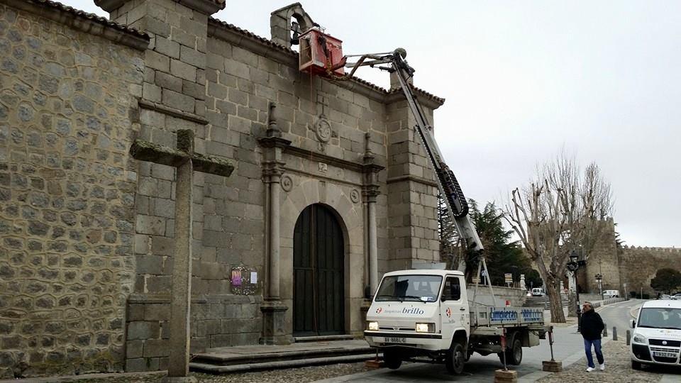 TRABAJOS CON LA PLUMA EN EDIFICIOS HISTORICOS 1